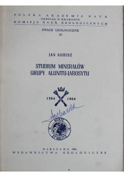 Studium Minerałów grupy Ałunitu Jarosytu