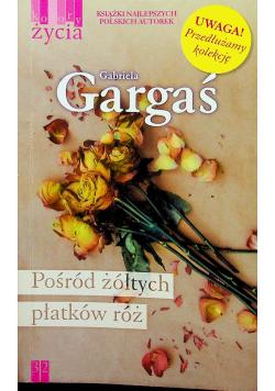 Pośród żółtych płatków róż Wydanie kieszonkowe