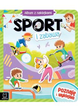 Album z naklejkami. Sport i zabawa